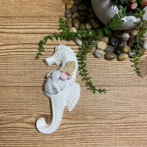Other - Nautical Seahorse Hook Seashell Small Wall Decor